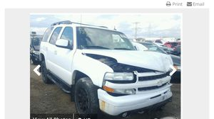 2004 Chevy Tahoe K1500 selling parts for sale for Sale in Chicago, IL