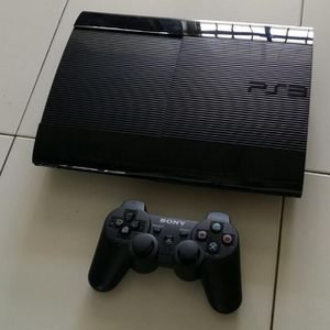 Super Slim PS3 500GB Bundle for Sale in Akron, OH