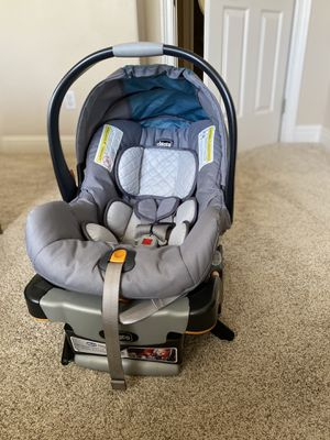 Chicco Infant car seat keyfit 30 for Sale in Roseville, CA