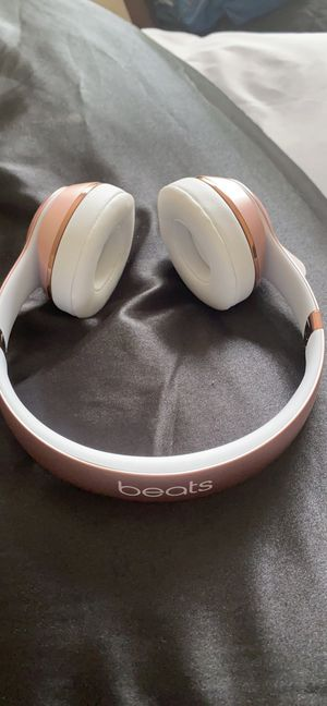 Beats Solo3 Bluetooth headphones for Sale in Richmond, VA