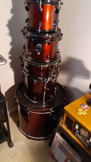 5 peice sound percussion drum set. for Sale in Huntington Beach, CA