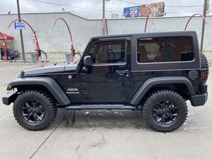 2016 Jeep Wrangler JK Sport S - Pristine condition for Sale in Chicago, IL