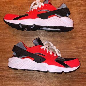 "Nike Huarache Low ""Nike ID"" Sz 11.5 for Sale in South San Francisco, CA"