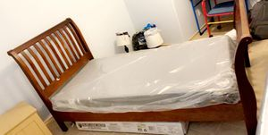 Wood twin bed for Sale in Corpus Christi, TX