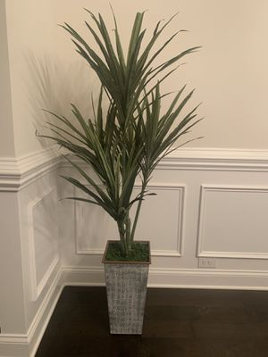 Artificial plant for Sale in Duncan, SC