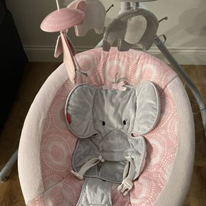 Baby Swing for Sale in Chesterfield, MO