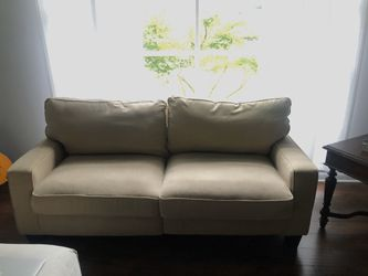 Serta Beige Sofa Couch for Sale in Nashville,  TN