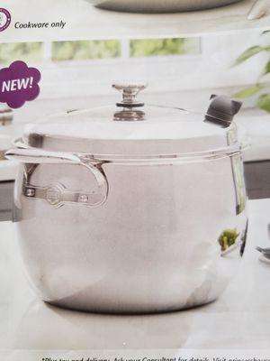 Princess House Vida Sana 5-Ply 11 Qt. Dutch Oven - NEW for Sale in Rialto, CA