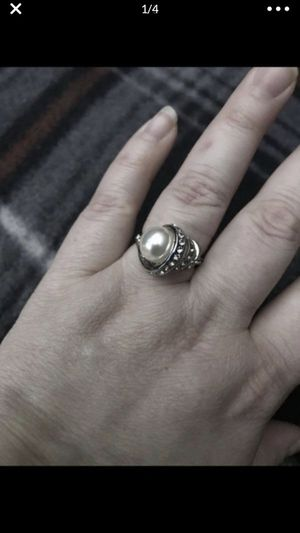Nice sliver plated vintage pearl style ring for Sale in San Bernardino, CA