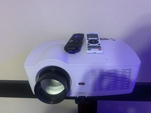Onn Projector 720P, Roku included for Sale in North Las Vegas, NV