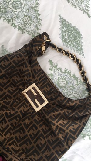 Authentic fendi bag almost new for Sale in Cumming, GA