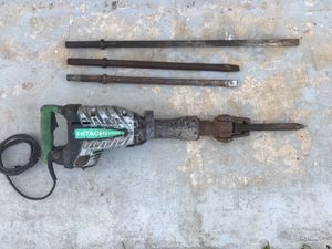 HITACHI Hammer Drill H65SD2 40-Pound Demolition Hammer Drill 1-1/8 inch Hex w/ XTRA Chisels for Sale in Miami Gardens, FL