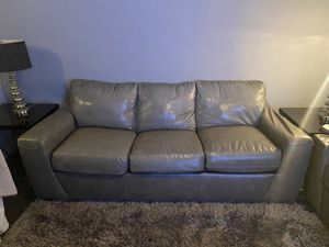 Couch, Loveseat, Ottoman, end tables and lamps. for Sale in Dallas, TX