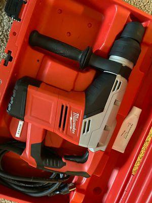 Milwaukee hammer kit heavy duty for Sale in Las Vegas, NV