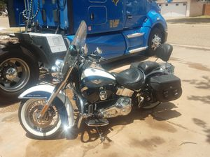2005 Harley softail deluxe for Sale in Lubbock, TX