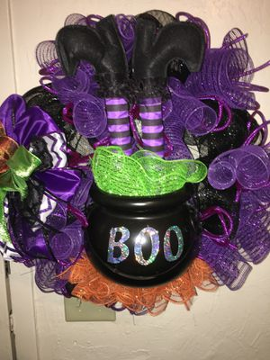 Witch in Cauldron Halloween Wreath for Sale in Stockton, CA