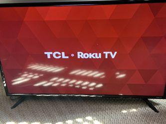 TLc 40in Smart Roku Tv for Sale in Ashburn,  VA
