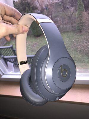 Beats Studio 3 wireless headphones for Sale in Sugar Grove, IL