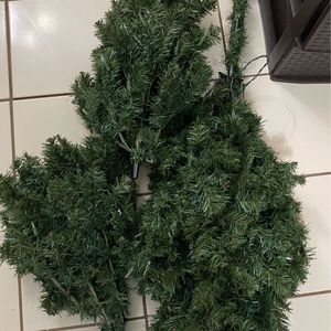 Free Christmas Tree .. Arbol Gratis for Sale in Fort Worth, TX
