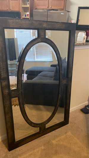 Bombay company wall mirror for Sale in Cornelius, NC