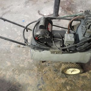 Air Compressor For Parts for Sale in Fontana, CA