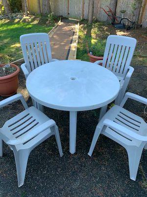 Resin patio set for Sale in Edmonds, WA