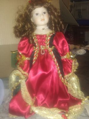 Really beautiful doll she mark mint condition for Sale in Murfreesboro, TN