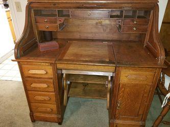 Antique S Curve Rolltop Desk for Sale in Tampa,  FL