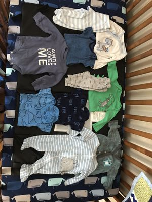 Baby boy 0-3M for Sale in Davenport, IA