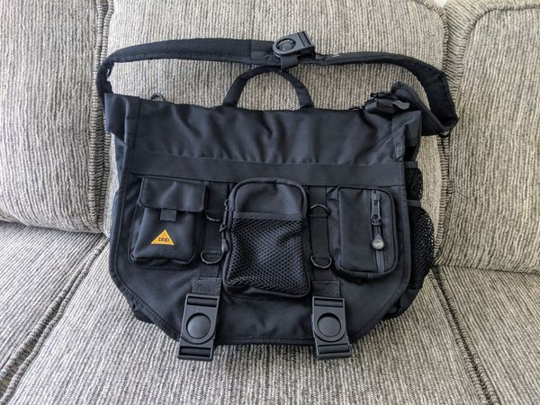 BBP Hamptons Hybrid Messenger/Backpack Laptop Bag Black