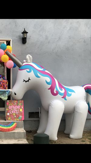 Inflatable unicorn sprinkler for Sale in Pico Rivera, CA