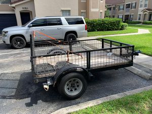 Trailer for sale 8ft x 4ft clean title Also I have two brand new rear lights to be installed easy installation all wires ready just need to replace l for Sale in FL, US