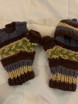 Knitted Mittens for Sale in Portland,  OR