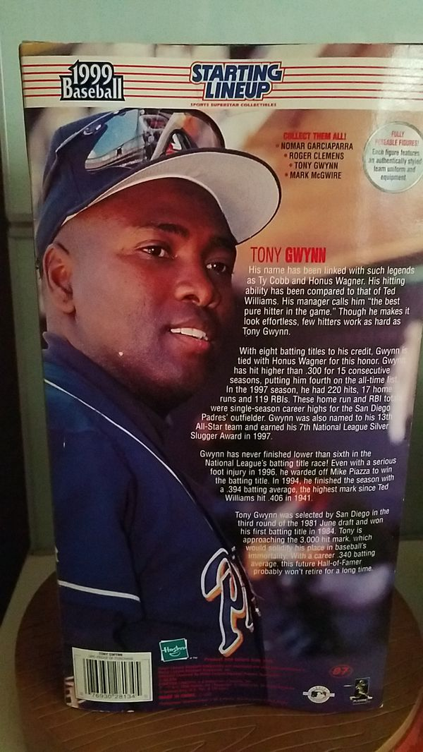 STARTING LINEUP 1999 BASEBALL TONY GWYNN ACTION FIGURE