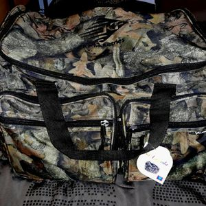 Camo Duffle Bag for Sale in Houston, TX