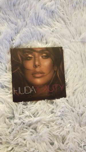 HUDA 3D HIGHLIGHTER for Sale in Fresno, CA