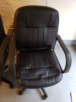 Desk, chairs, office furniture for sale for Sale in Orlando, FL