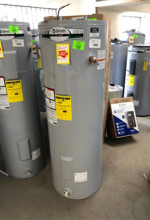Electric water heater , 50 gallon for Sale in El Paso, TX
