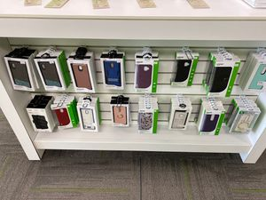 Assorted phone cases for Sale in San Angelo, TX