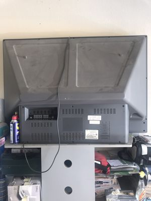 FREE Phillips 60 inch Projection TV with stand for Sale in Cedar Hill, TX