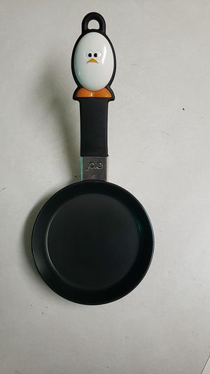 Egg pan for Sale in Everett, WA