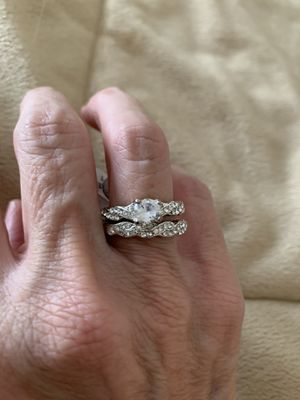 New 2 piece CZ silver wedding ring size 7 for Sale in Inverness, IL