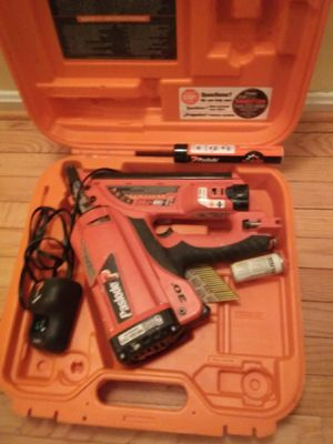 Pasolode 30 degree nail gun with battery charger co2 cartridge for Sale in Calverton, MD