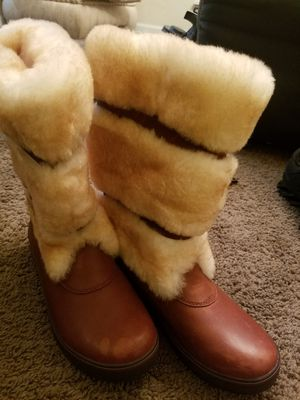 Authentic Women's Ugg Boots Size 8 for Sale in Lithonia, GA