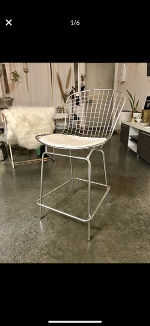 Chrome Metal White Leather Woven Bar Stool for Sale in San Diego, CA
