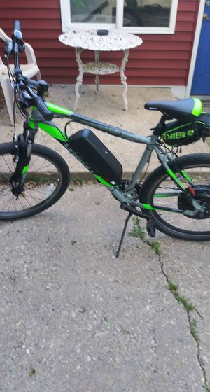 Giant brand e-bike for Sale in Waterford Township, MI