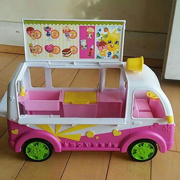 Shopkins car toy
