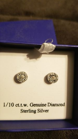 1/10ct Diamond Studded Earrings for Sale in Niles, IL