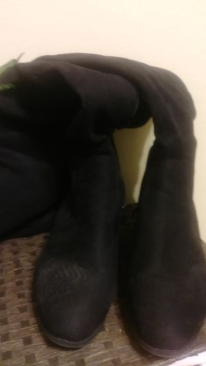 Size 10 black thigh high boots for Sale in St. Louis, MO