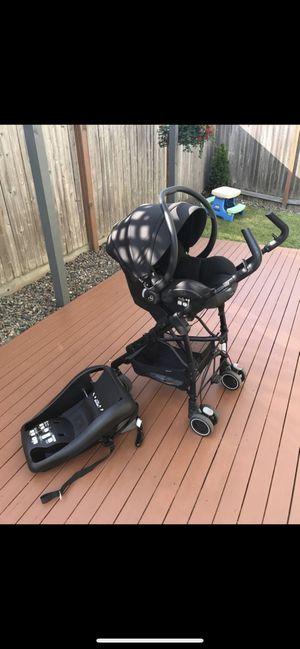 Maxi cosi car seat /stroller/base for Sale in Everett, WA